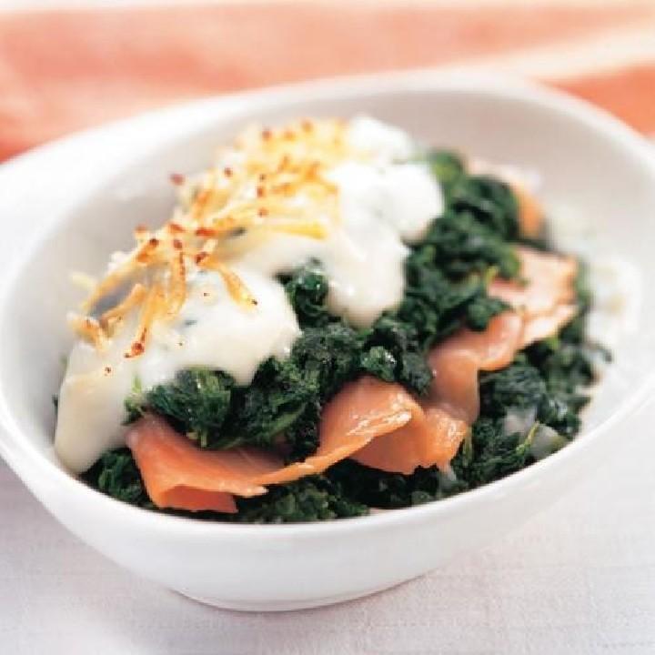 Espinacas con salmón