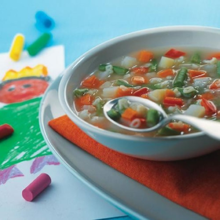 Sopa de verdures i lletres