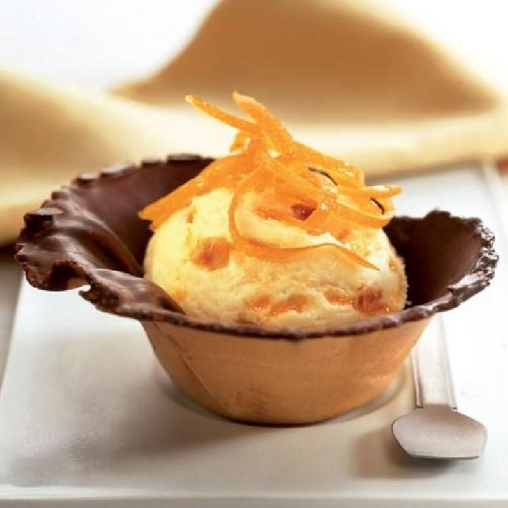 Tulipes farcides amb gelat de vainilla i taronja