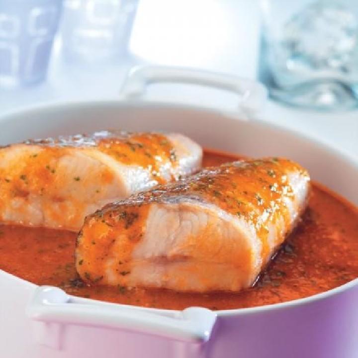 Colas de merluza en salsa