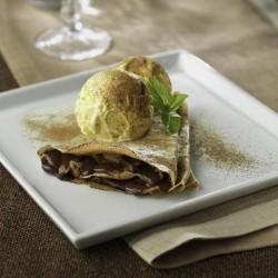 Crepes de chocolate con helado de vainilla