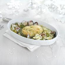 Cazuela de merluza austral con cocochas y almejas