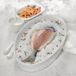Dorada a la sal con verduras y salsa de yogur