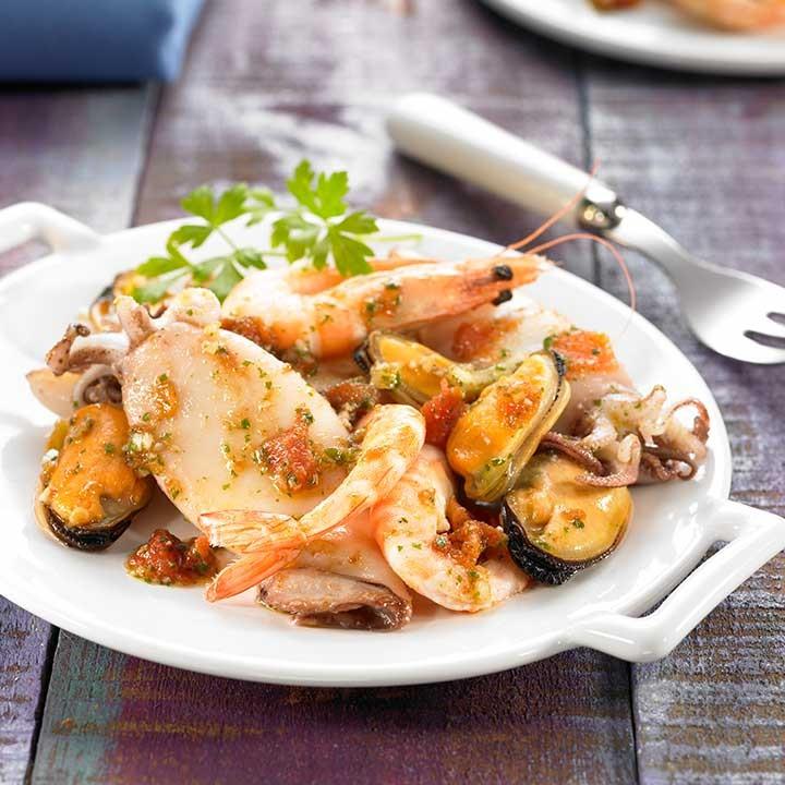 Salpicón de calamares, mejillones y langostinos