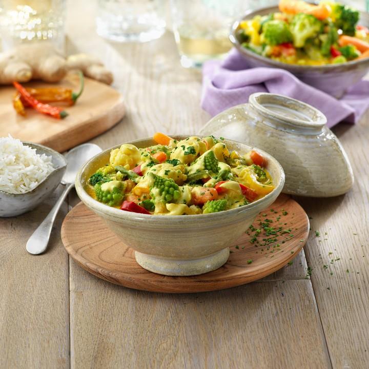Curry de verduras con leche de coco