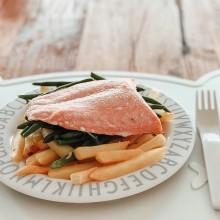 Fish and chips de salmó amb mongetes